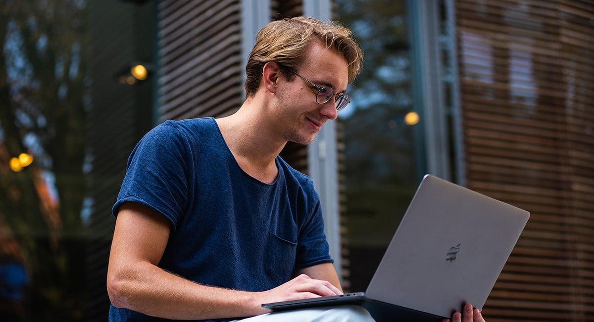 020719 NAT Blog - Online Dating Header