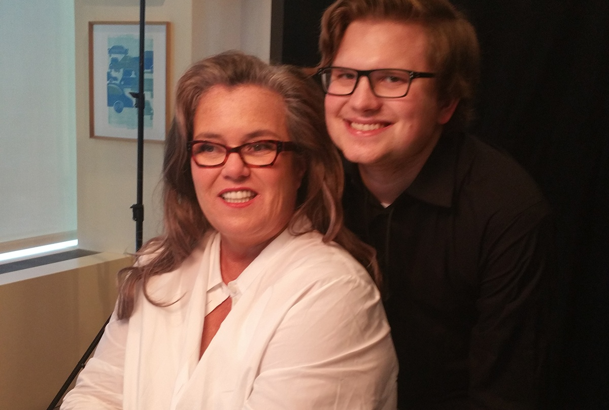 """Student Kip with Rosie O'Donnell posing for a quick """"photo shoot"""" at Ed Asner & Friends Poker Night"""